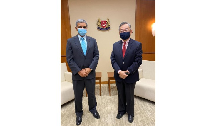 High Commissioner of India, Singapore, Kumaran Periasamy, had an introductory call-on with Gan Kim Yong, Minister for Health on 20 April 2021